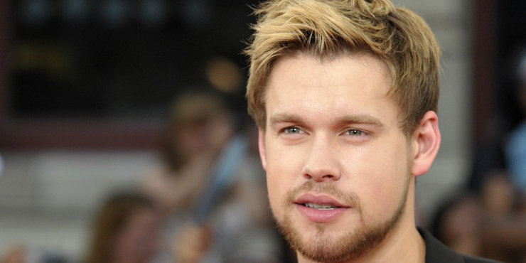 'Glee' Actor Chord Overstreet bonds with co-star Nick Jonas, Glee stars spotted enjoying each other's company