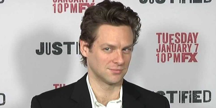 Actor Jacob Pitts, known for not dating or having girlfriends, gay???