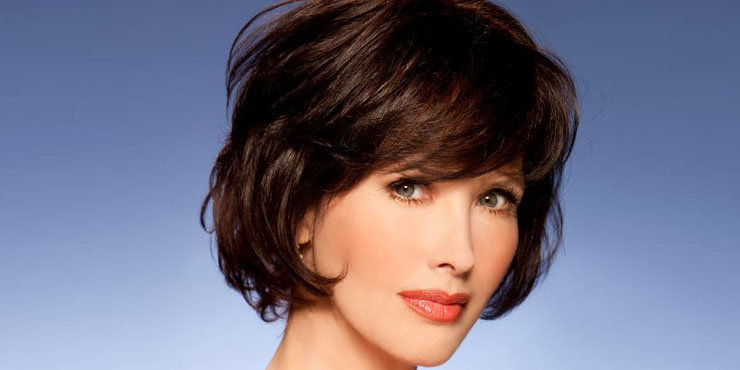 Has actress Janine Turner had plastic surgery to make her look younger than her age?