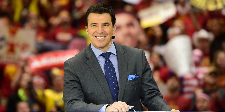 Journalist Rece Davis changing his name to Reese Davis for the candy, wife and family disapprove