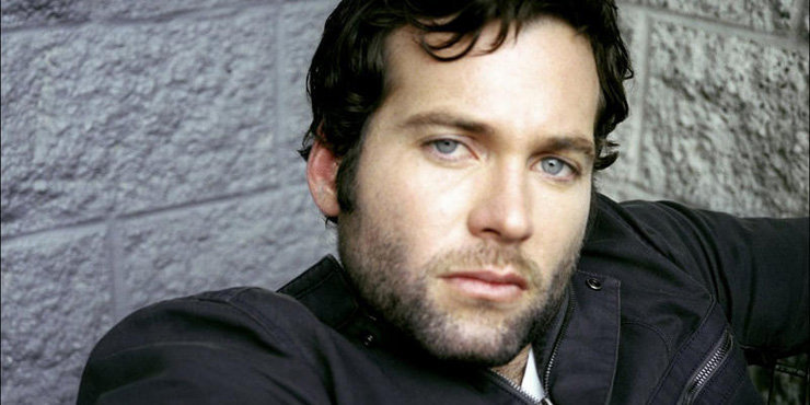 Actor Eion Bailey quits new HBO TV Show Westworld a week after singing in. Could his girlfriend be behind this?