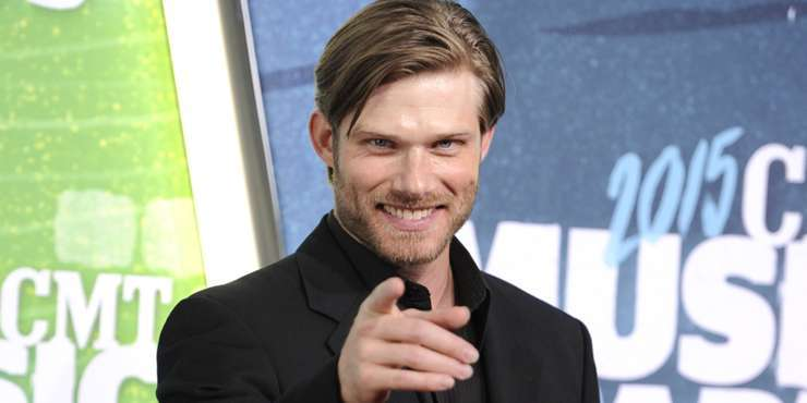 Chris Carmack opens up about playing a gay guy on TV and how it has affected his dating life
