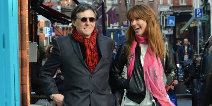 Actor Gabriel Byrne's blissful home life: happy with his girlfriend turned wife Hannah Beth, whom he married last year