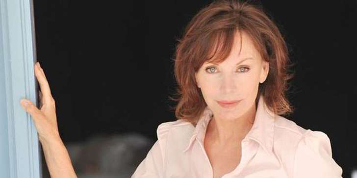 Actress Lesley-Anne Down opens up about her battle with cancer, her two divorces and life with her current husband