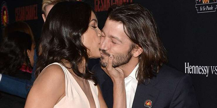 Diego Luna finally recovering from his divorce with ex-wife Camila Sodi; a look back into their married life!!