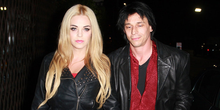 Singer and Actor Coyote Shivers ready for his third divorce? Trouble in paradise with his third wife Mayra Dias Gomes