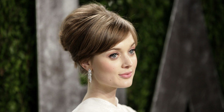 Actress Bella Heathcote, age 28, would prefer a boyfriend who does not work in the movies?