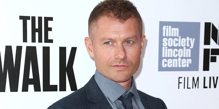 What does actor James Badge Dale, age 37, look for in a girlfriend or potential wife?