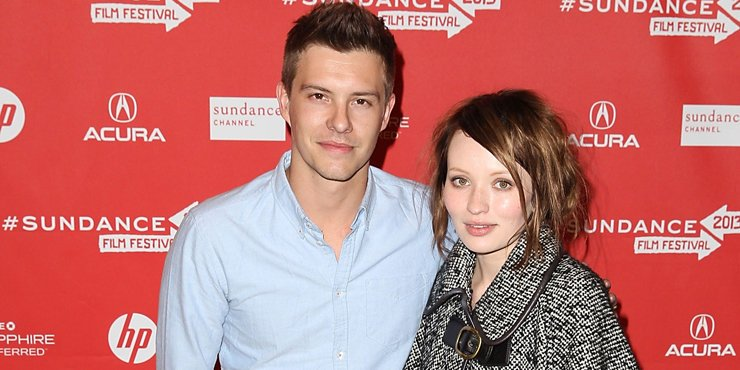 Actor Xavier Samuel, age 32, getting back together with ex-girlfriend Emily Browning??