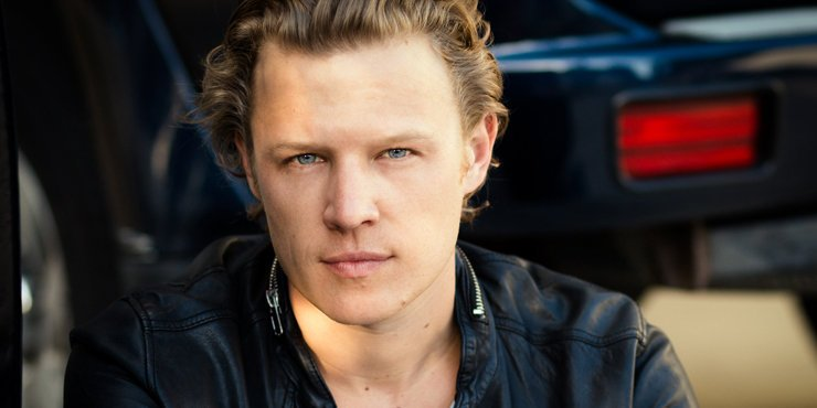 Christopher Egan's professional and personal life.
