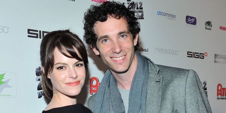 Do Emily Hampshire and her husband, Matt, who she's been married to since 2006 have any children together?
