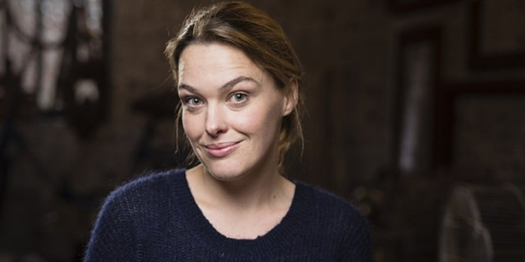 Sally Bretton talks about her movies, TV shows and her bum.