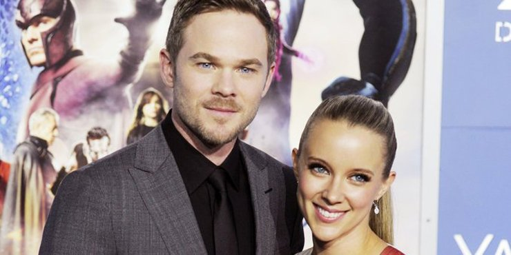 Shawn Ashmore and his wife, Dana Wasdin, who have been married since 2012 expecting a child?