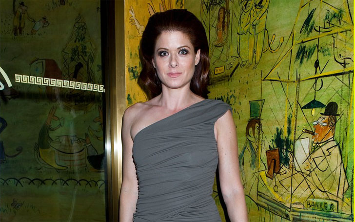 Debra Messing sexually Harassed by the Scummy Director Alfonso Arau