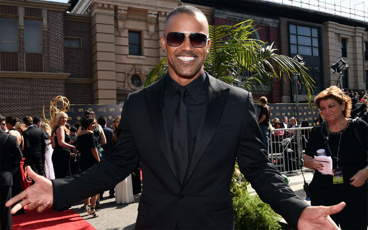 Shemar Moore clears up the rumor about him being Gay. Know about his Affairs and Girlfriends