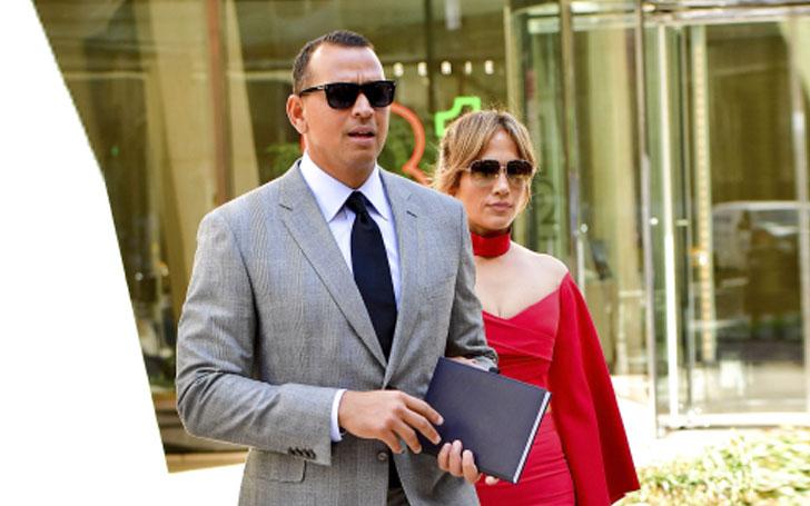 Jennifer Lopez is in a Relationship with her Boyfriend, former New York Yankees star Alex Rodriguez