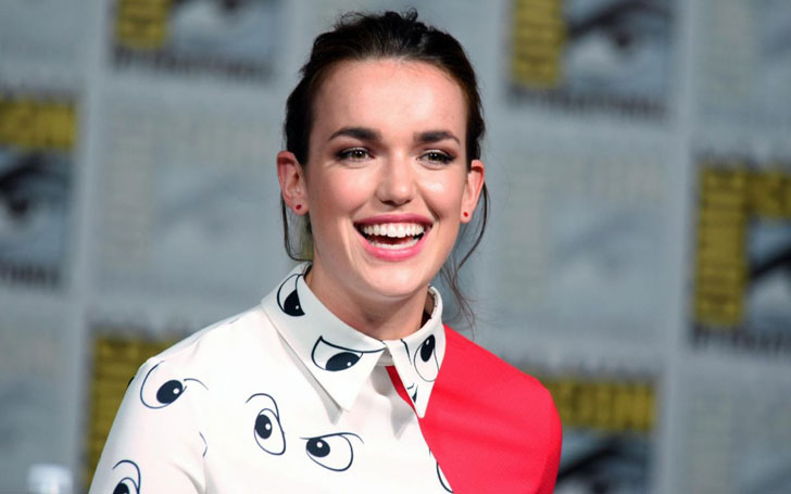 Who is Elizabeth Henstridge? Know about Elizabeth Henstridge's personal life and affairs