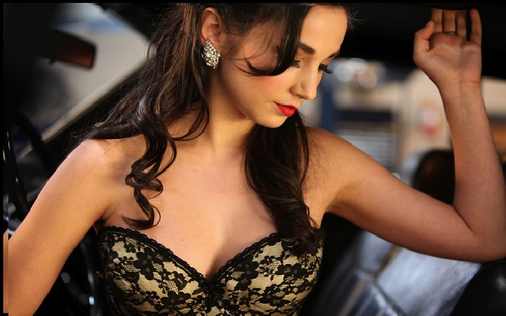 Is Molly Ephraim single or secretly married? Find out her affairs and relationship