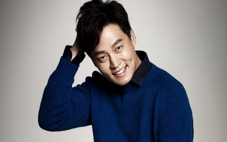 Lee Seo-Jin's Marraige Rumors, currently Dating his Girlfriend