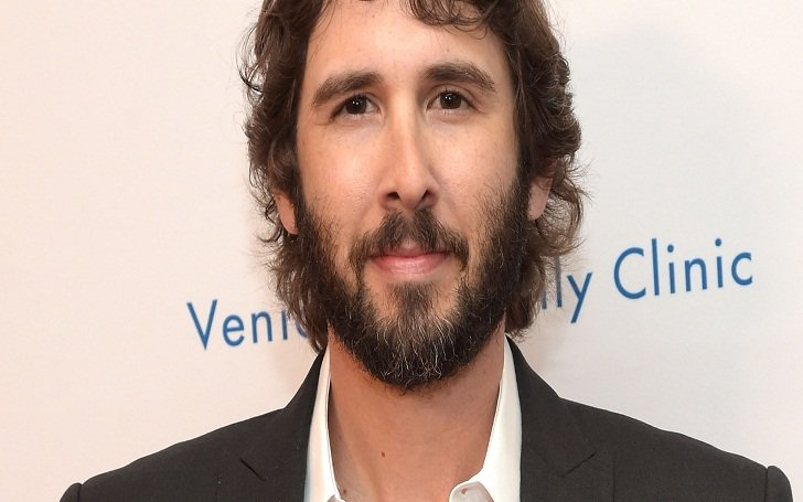 Is Josh Groban Married? Know his Affairs and Relationship