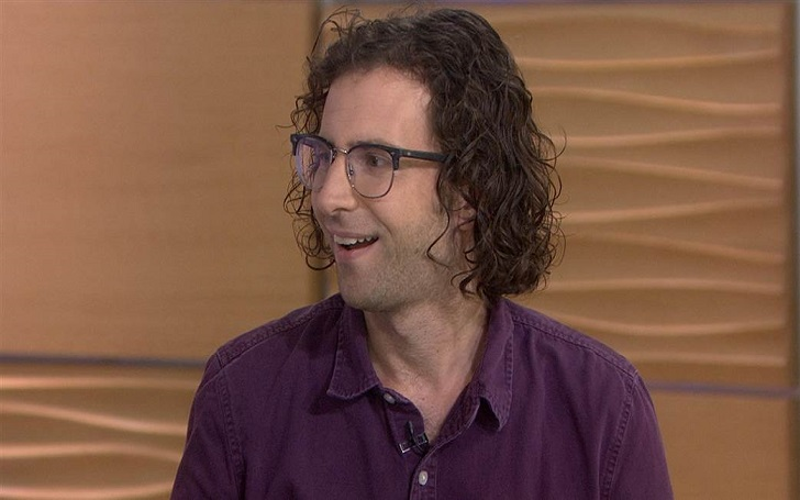 Is Kyle Mooney Dating or Single? Know his Past Relationship and Affairs