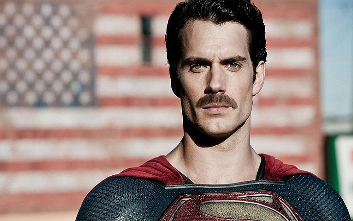 Henry Cavill Mustache Edited Out In a Re-shoot but Actor Ben Affleck Can't stop talking about it