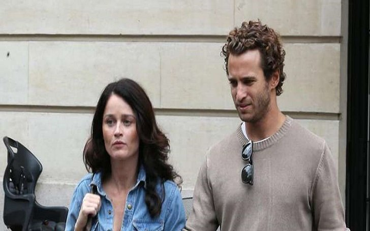 Robin Tunney Engaged to Nicky Marmet? Disclose her Past Relationship