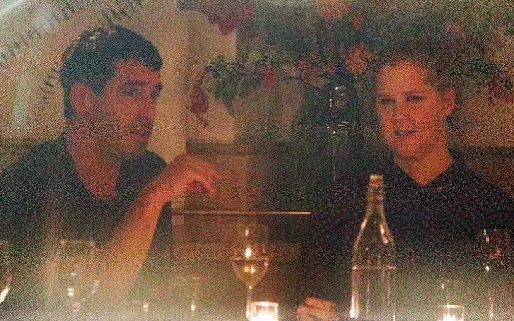 Snatched star Amy Schumer Dating Chef Chris Fischer