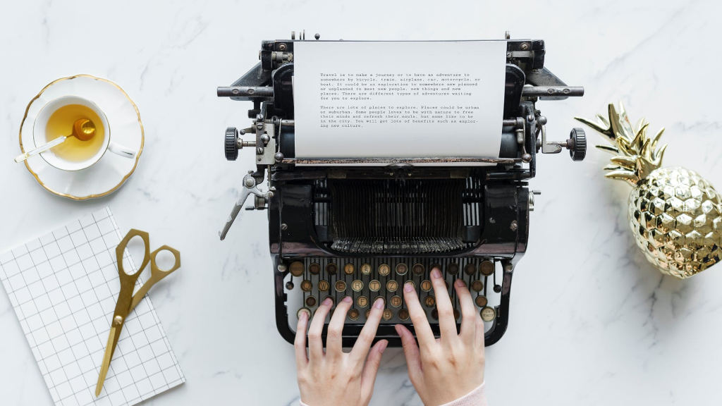 Things You Should and Shouldn't Do as a New Writer
