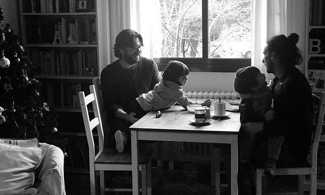 Alvaro Morte and wife Blanca Clemente having breakfast with kids, Julieta and Leon.