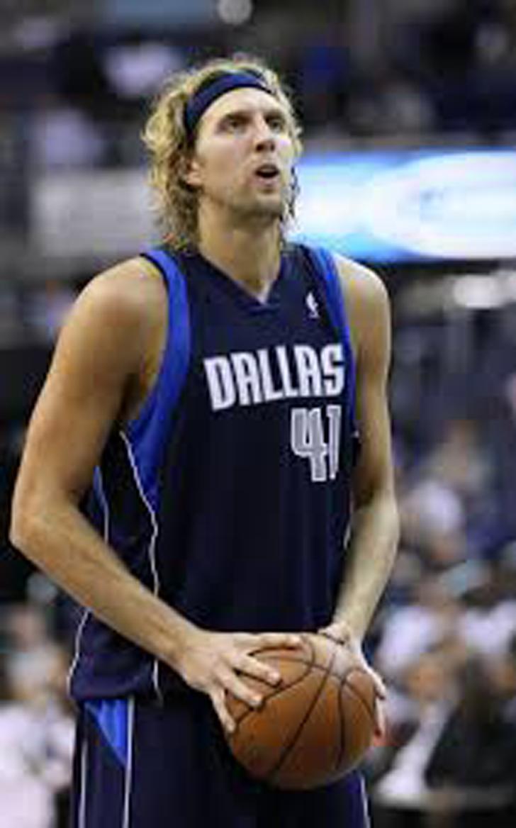 Dirk Olsson while playing basketball