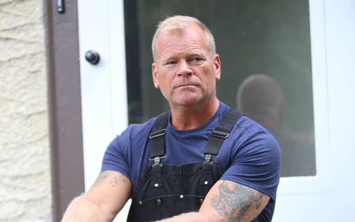 Five Fast Facts about Mike Holmes