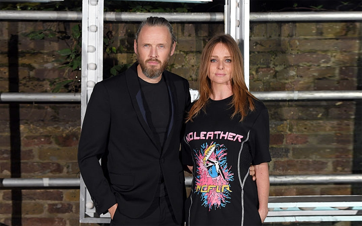 Fashion Designer Stella McCartney and Alasdhair Willis Blissfully Living their Married Life with 4 Children!