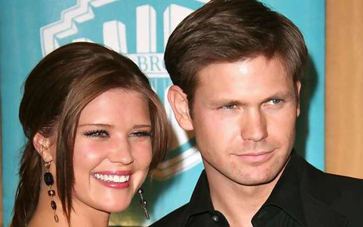 Sarah Lancaster and her husband, Matthew, who have been married for 5 years expecting another baby?
