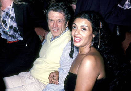 Where is Diahnne Abbott, who was once married to Robert De Niro now?