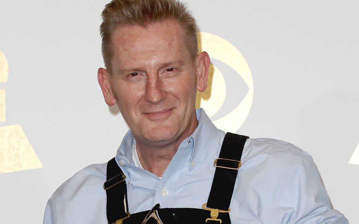 Rory Feek remembers his late wife on mother's day.