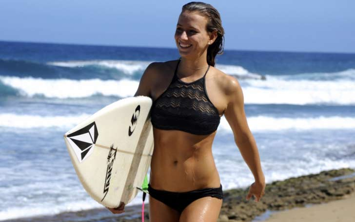 Pro-Surfer Maude Le Car in Sexy Black Dress and Heels to Ride Waves, Know her Career, Net Worth