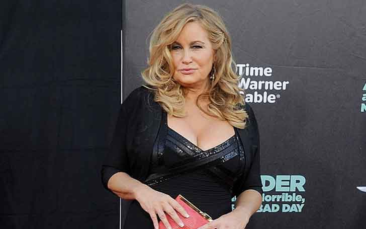 56 Years Old American Actress Jennifer Coolidge's Net Worth is High; Lives a Lavish Lifestyle