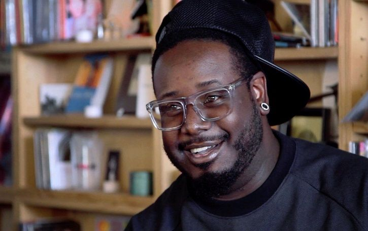 Net worth of T-Pain: 32 car including Bugatti Veyron in his house. See his fabulous life